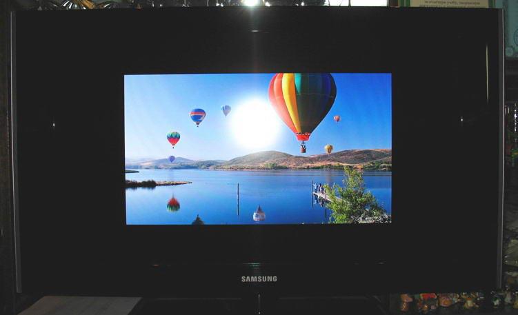 Есть ЖК ТВ Samsung с матрица 1920х1080, есть ноут Acer 5738 с видео Radeon 4570.  Купил HDMI кабель и пытаюсь их...
