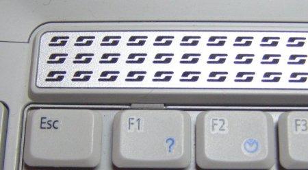 Как снять клавиатуру. Ноутбуки Acer Aspire