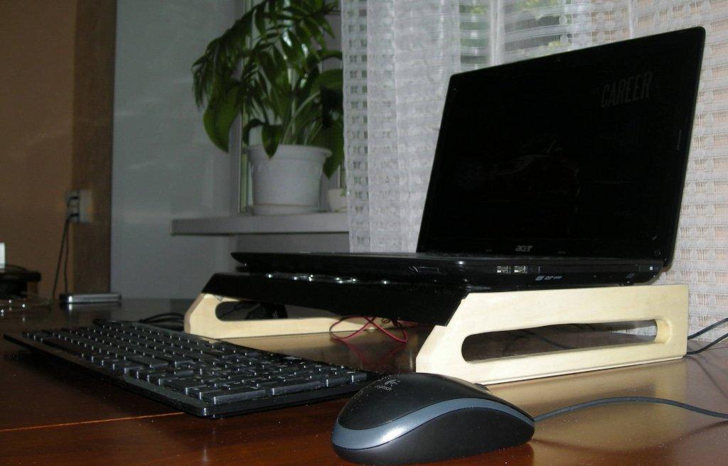 Как сделать охлаждающая подставка для ноутбука своими руками
